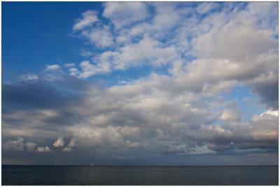 Wolken über der Ostsee bei Surendorf © 2013 Sabine Lommatzsch